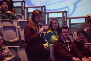 Alicia from Galway City Comhairle na nÓg asks a question at the Dáil na nÓg 2015 Q&A